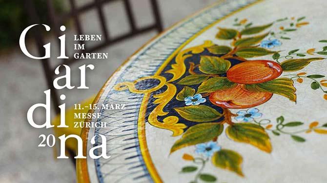Tavolo italiano dipinto con il logo di Giardina 2020 a sinistra
