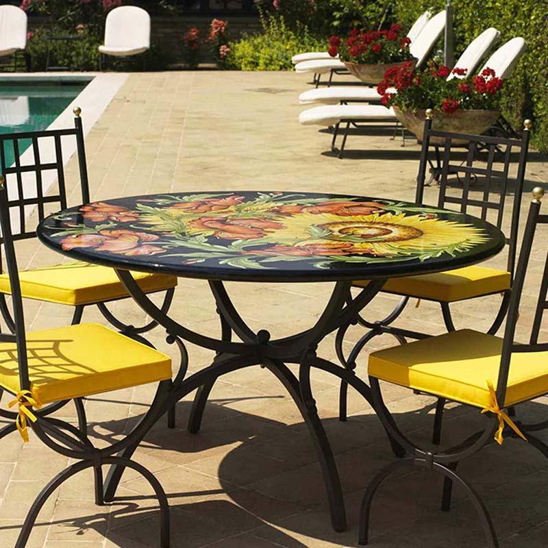 Tischplatte Van Gogh zusammen mit vier Stühlen